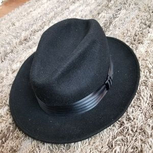 84e7d1d356c0ca Vintage Dobbs Wool Fedora Hat. AMAZING! Perfect!